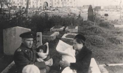 Брежневский дом на месте кладбища